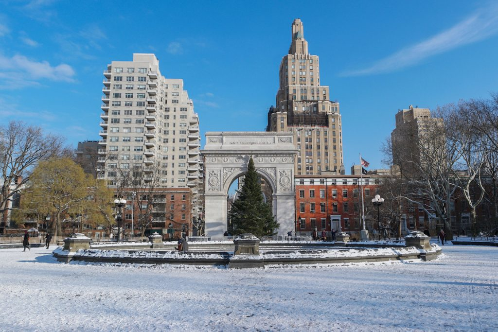 Snow in Washington Square Park
